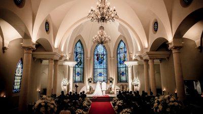 リゾートウエディングならローズガーデンクライスト教会の挙式|北海道札幌市