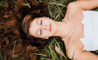 結婚式の夢が暗示する意味とは?