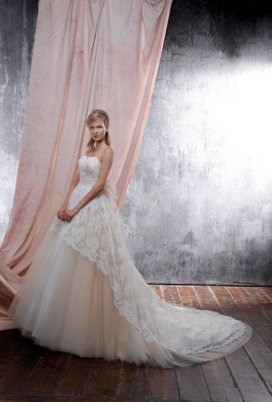 ウェディングドレス|ベッラ|フィオクチュール