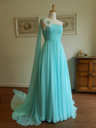 グランマニエのカラードレス|グリーン