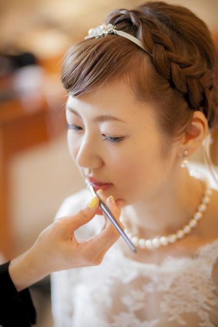 グランマニエのウエディングドレス|アップヘアスタイル|編みこみ