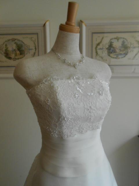 グランマニエ ウェディングドレス ジェンダリーナ