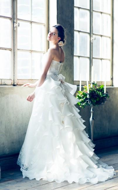GIUNONE ジュノン グランマニエのウエディングドレス