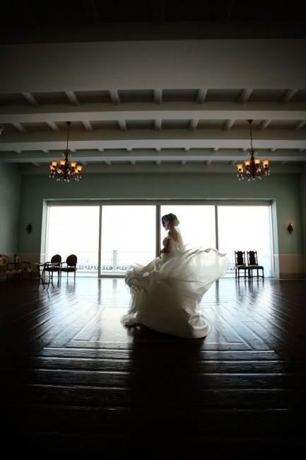 シルクのドレス|グランマニエ