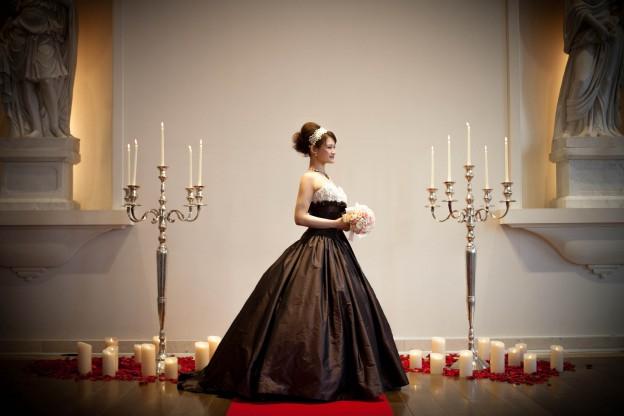 ヴィヴィアンヌ|グランマニエのカラードレス