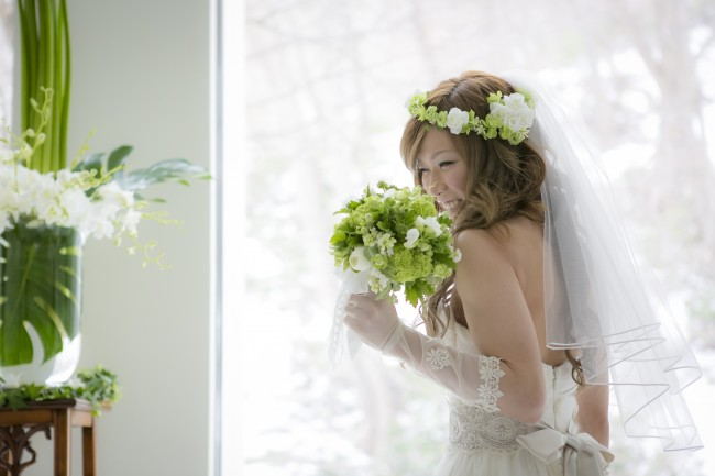 グランマニエのウエディングドレス|花冠