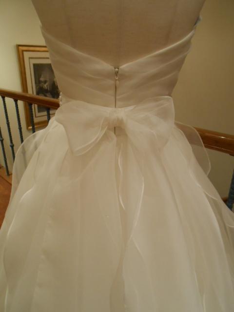 グランマニエのウエディングドレス|ローレル