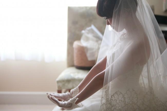 グローブ|グランマニエのウエディングドレス