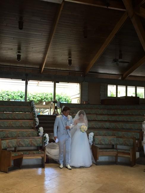 グランマ二エのウエディングドレス|ハワイリゾート婚|ヴィヴィ|チュールドレス