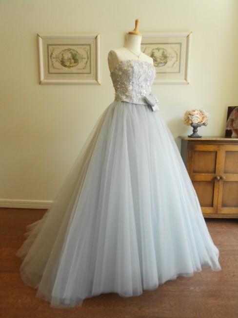 カローラ|グランマニエのカラードレス