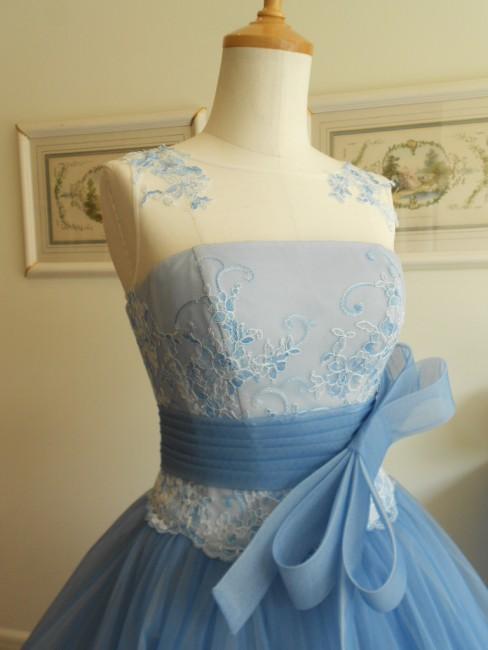 グランマニエのカラードレス|ブルーのドレス