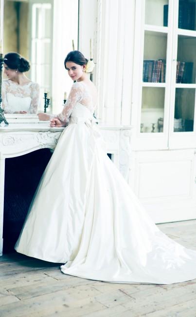 グランマニエのウエディングドレス|長袖のウエディングドレス|オプレンス