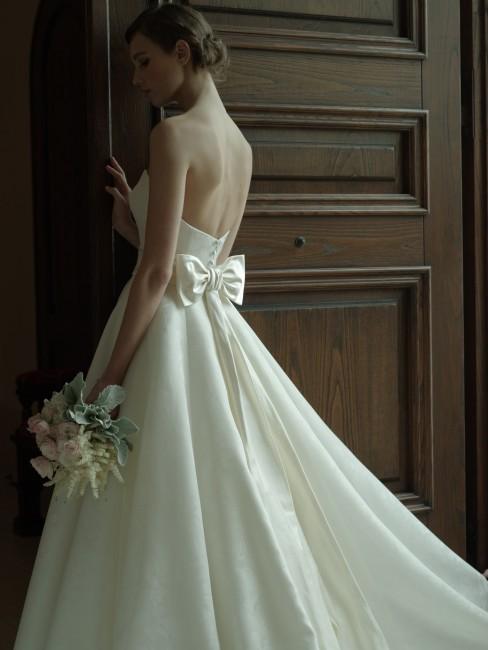 グランマニエのウエディングドレス|ファイエ