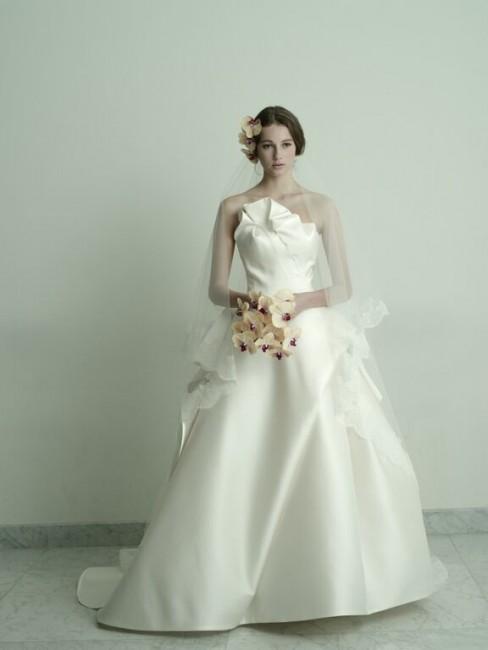 グランマニエのウエディングドレス|ALBA|ミカドシルク