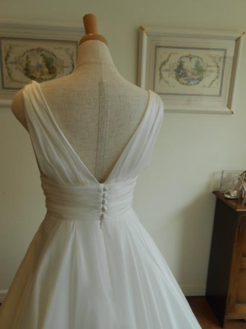 グランマニエのウエディングドレスIMPERIAL WHITE|インペリアルホワイト
