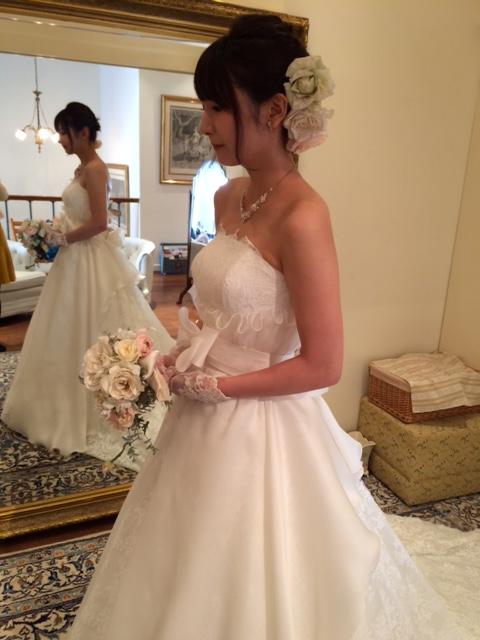 グランマニエのウエディングドレス|カッシディ