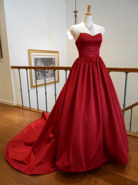 グランマニエのカラードレス 赤ドレス