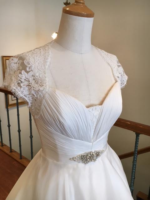 グランマニエのウエディングドレス|メロディー