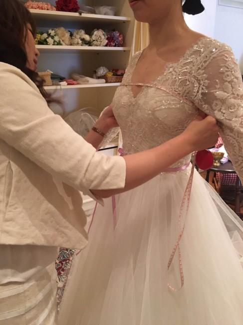 グランマニエのウエディングドレス|採寸