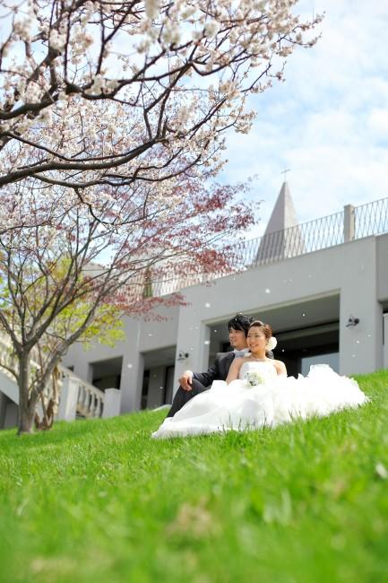 ロケーションフォト|桜|春|グランマニエのウエディングドレス