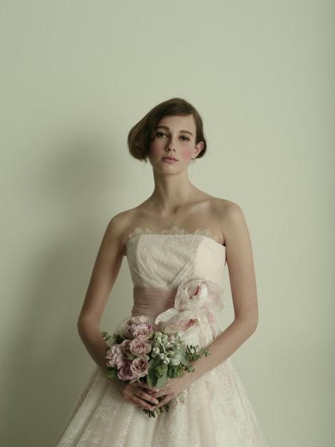 グランマニエのカラードレス|ベリナダ|コサージュ|ピンクのカラードレス