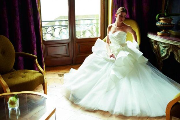 ドリスデイ|グランマニエのウエディングドレス|ホースヘアのドレス