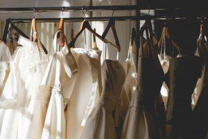 ドレスを美しく保つために欠かさないメンテナンス