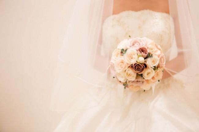 バラのブーケ|ラウンドブーケ|アンティークブーケ|グランマニエのウエディングドレス