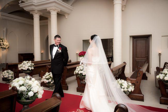 グランマニエのウエディングドレス|ファーストルック|新郎新婦|ローズガーデンクライスト教会