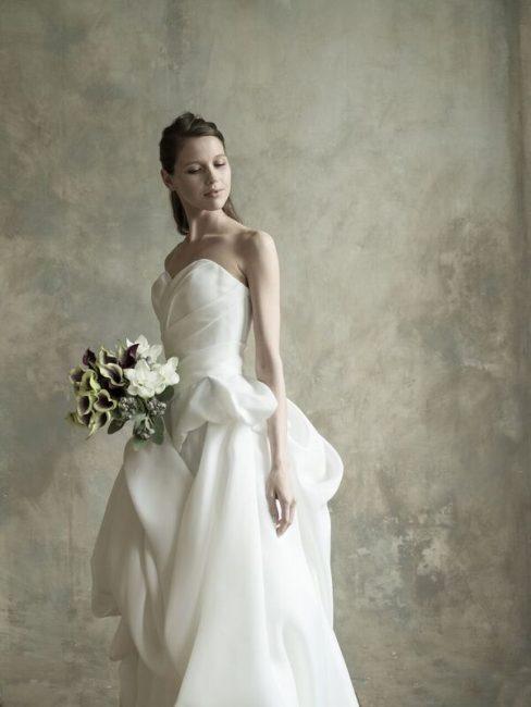 グランマニエのウエディングドレス|グランマニエの新作ドレス|個性的なウエディングドレス