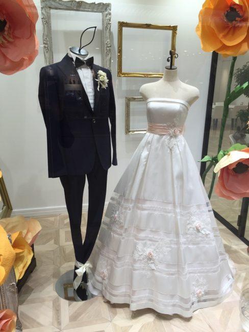 デリズィア|グランマニエのウエディングドレス|アップ