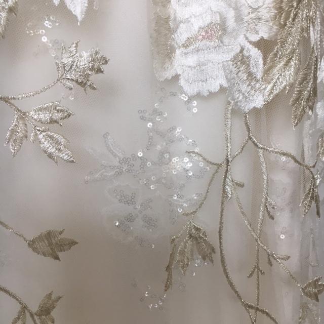 グランマニエのウエディングドレス|刺繍|ビージング