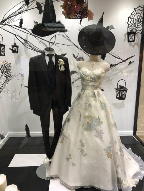 シエラブルー|グランマニエのウエディングドレス