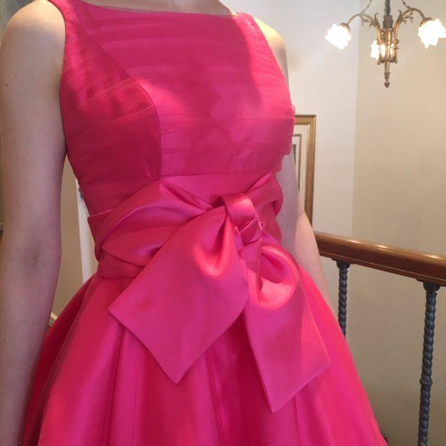 グランマニエのカラードレス|ピンクのカラードレス|大人花嫁|ボートネック
