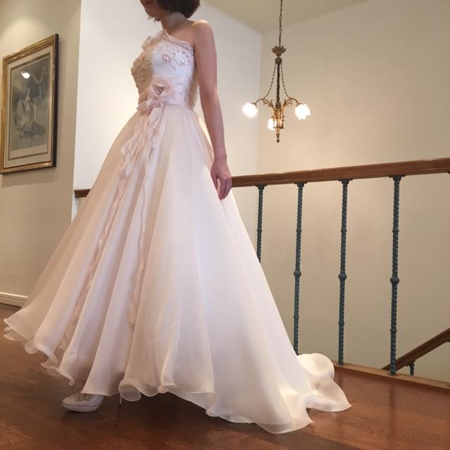 DORIS|グランマニエのカラードレス|ピンクのドレス