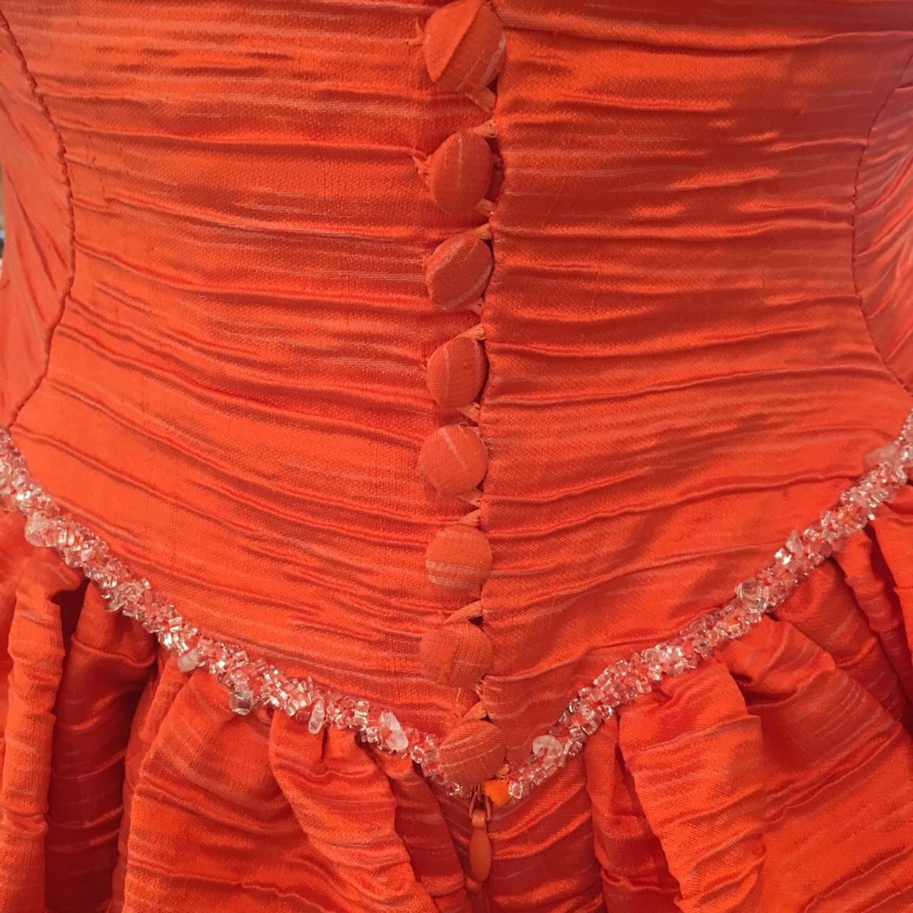 グランマニエのカラードレス|新作カラードレス|オレンジのドレス|オートクチュール