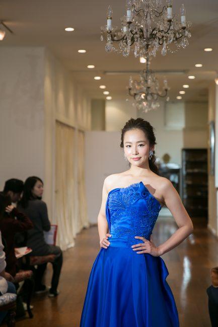 グランマニエのカラードレス ブルーのドレス