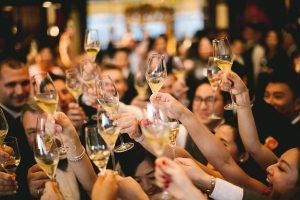 【天使の拍手?魔除け?】乾杯はシャンパンで!の素敵な理由とは?