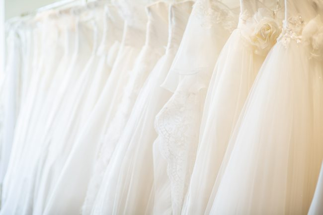 シルク素材|グランマニエのウエディングドレス