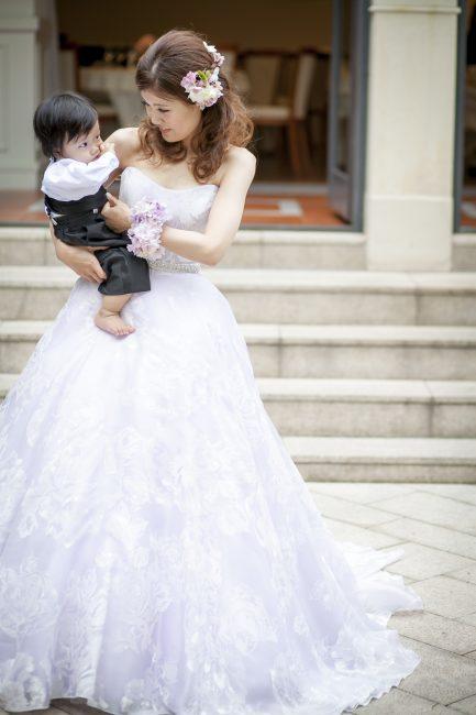 子供と挙げるウエディング|グランマニエのウエディングドレス