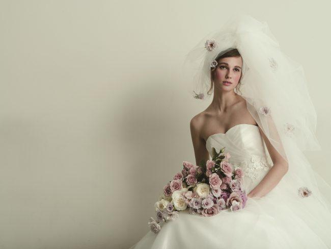 ブリジッタ|グランマニエのウエディングドレス
