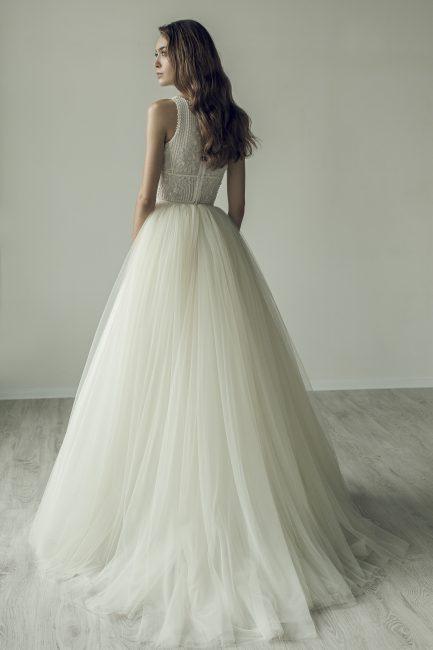 Raina | ライナ|ERSA|グランマニエのウエディングドレス