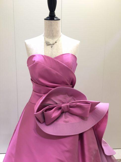 アウローラ|リボン|ピンクのカラードレス|グランマニエのカラードレス
