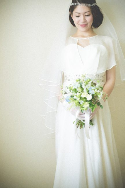 ケープ|シルク素材|グランマニエのウエディングドレス
