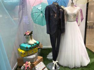【ジャスティーナ】お洒落花嫁様人気のロングスリーブ&チュールのドレスを展示