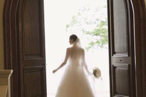 ローレル|グランマニエのウエディングドレス