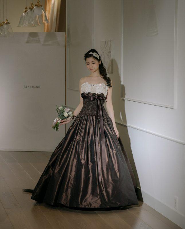 VIVIANNE(ヴィヴィアンヌ)茶色のカラードレス