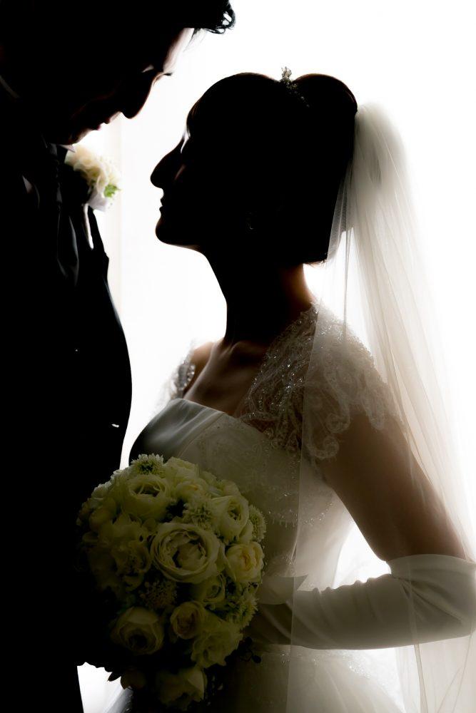 ロケーションフォトウエディング|グランマニエのウエディングドレス