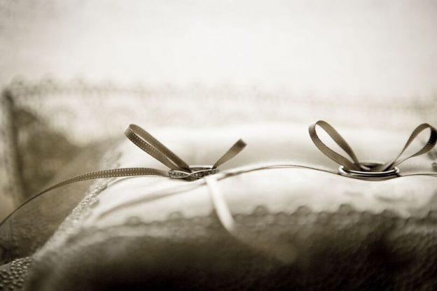 リングピロー|結婚指輪