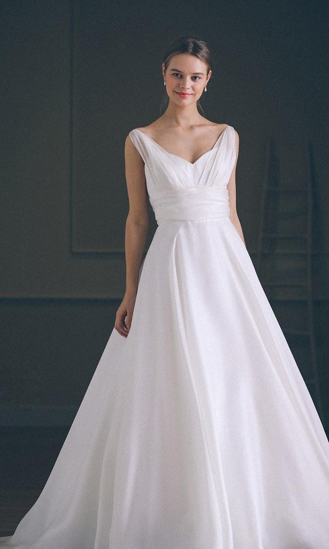 人気ウエディングドレスを探す|...